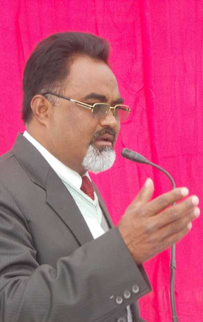 Rev.-R.-Stephen-Diyali-Founder-Director-of-Sahara-Christian-Academy